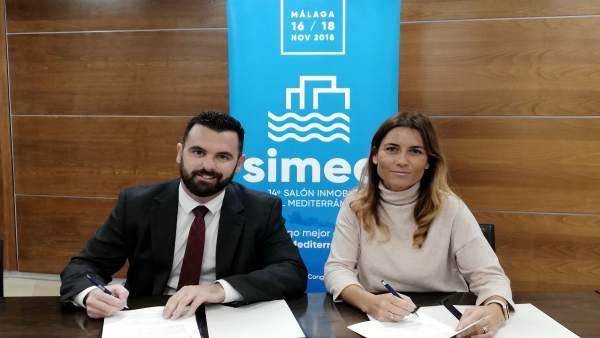 Firma convenio Cátedra Inmobiliaria