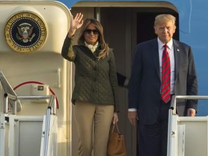 Donald y Melania Trum en el Air Force One
