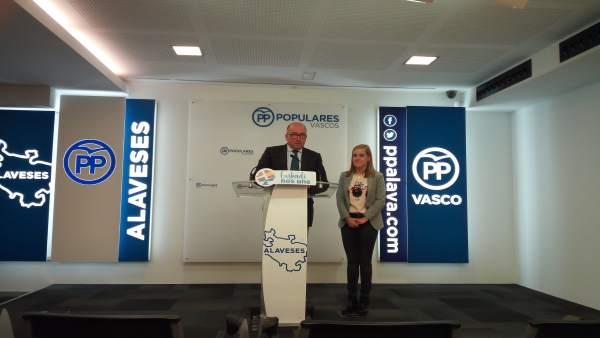 Carmelo Barrio y Amaya Ferández en rueda de prensa