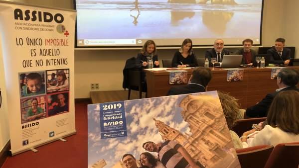 Presentación del calendario solidario de Assido
