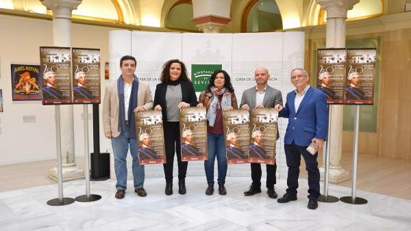 [Sevilla] Np Y Fotos De Cultura: Cañada Rosal Realiza Una Exposición Conmemorati