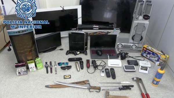 Objetos incautados de robos en establecimientos en Cádiz