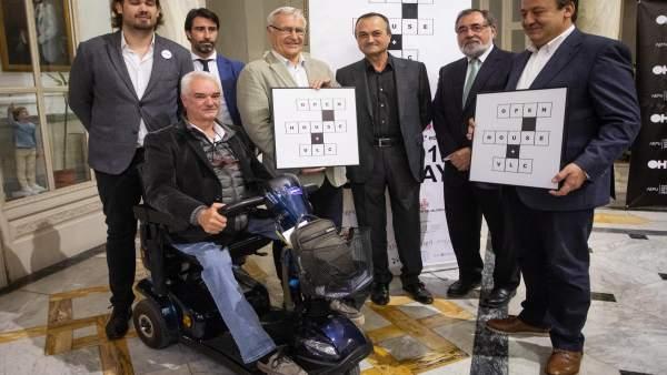 Ribó y Sarrià junto a arquitectos en la presentación del Open House València