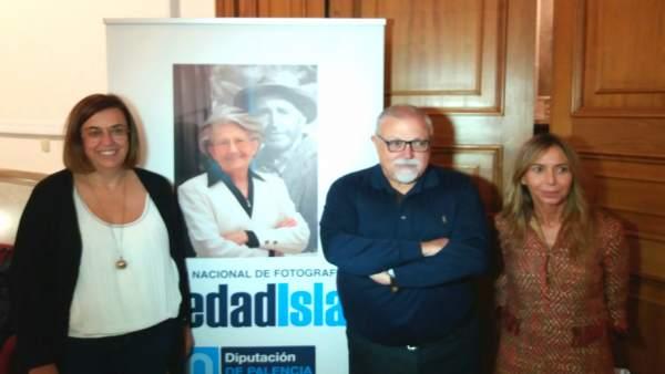 Palencia.- El premiado y la presidenta de la Diputación