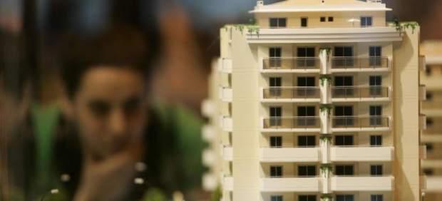 Entra en vigor el decreto que obliga a la banca a pagar el impuesto de hipotecas
