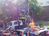 Retirada de la estatua de Colón