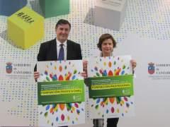 El consejero, Franacisco Fernández Mañanes,  y la directora general