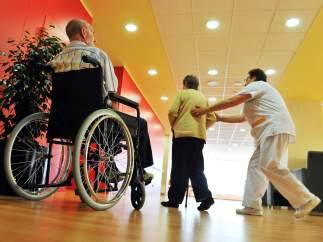 40 afectados por un brote de sarna en un geriátrico de Barcelona