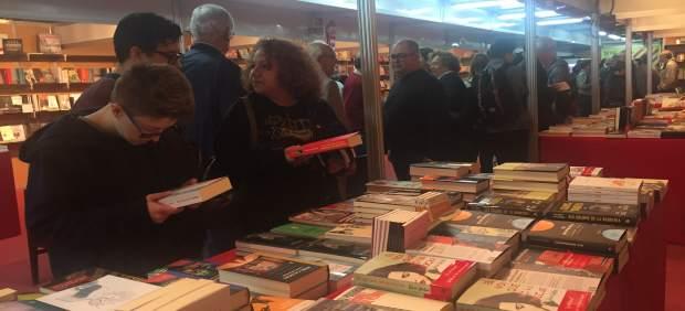 La 'Setmana del Llibre en Català' entregará este miércoles libros a las zonas afectadas por las ...