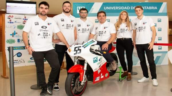Presentación de la moto de competición