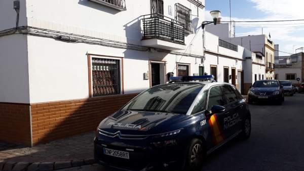 Detenido acusado de matar a su madre en Alcalá de Guadaíra (Sevilla)