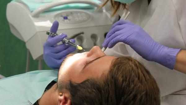 Investigación del CEU sobre biomarcadores de saliva