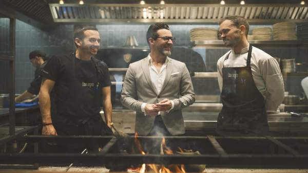 Qique Dacosta inaugura el restaurante Llisa negra