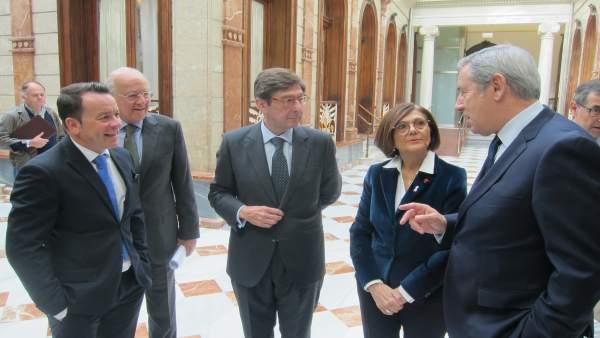 José Ignacio Goirigolzarri, charla con las autoridades regionales