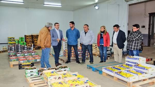 Pepe Ortiz en una cooperativa agrícola