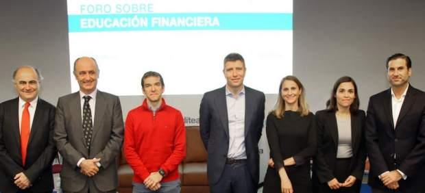 Ponentes participantes en el Foro Creditea sobre Educación Financiera