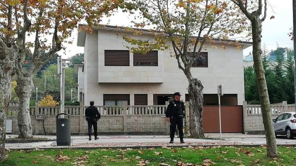 Vivienda en la que hay varios detenidos en una operación antidroga