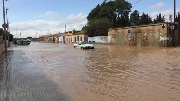 Ramblas, lluvias, inundaciones, calle Ramón y Cajal inundada San Javier
