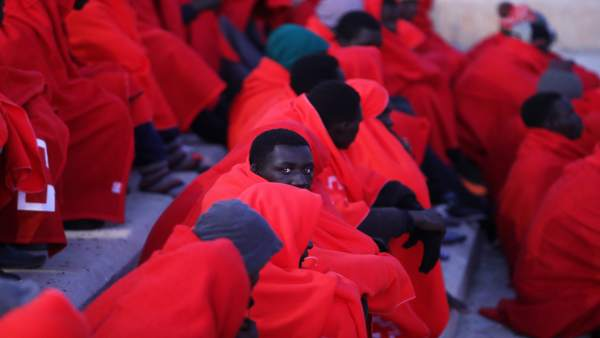 Migrantes rescatados por Salvamento Marítimo