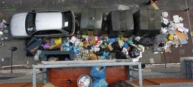 Excrementos, pintadas, falta de contenedores... Estas son las ciudades más sucias de España, ...