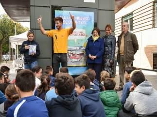 Sevilla 14/11/2018 Carmen Castreno En Los Nuevos Ecopuntos De Lipasam En Triana.