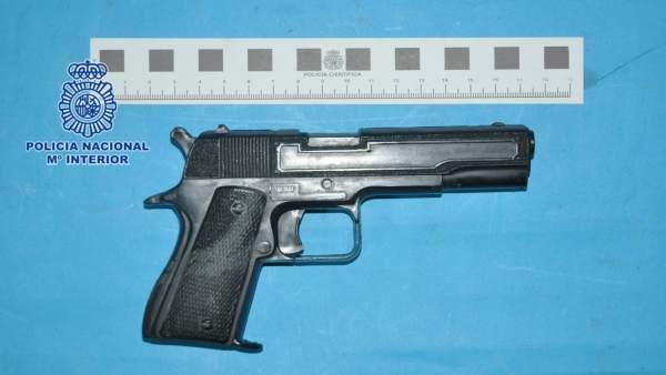 347c9dc5c4f1 La Policía Nacional detiene al atracador de una joyería en el barrio  gijonés de La Calzada