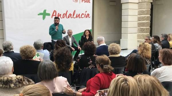 Encuentro de PSOE con el sector cultural de Cádiz