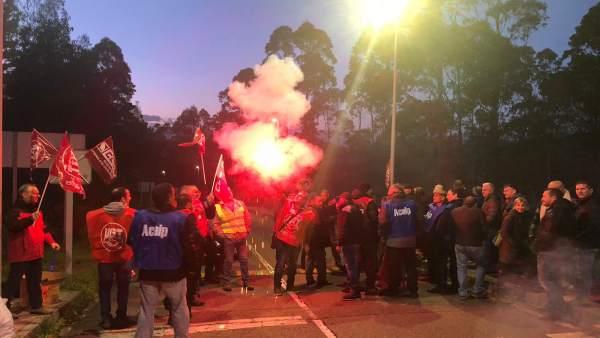 Concentración en la huelga de prisiones en Asturias