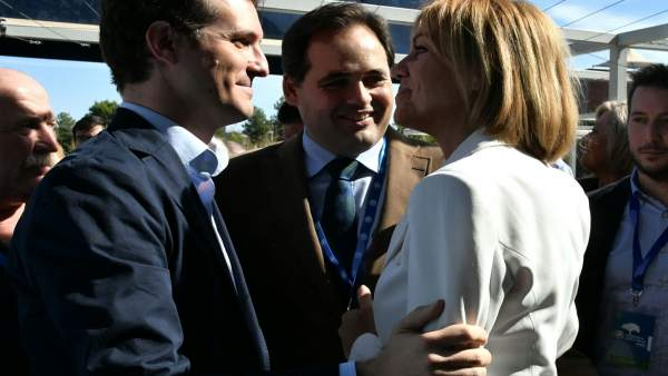 Casado con Núñez y Cospedal en el congreso