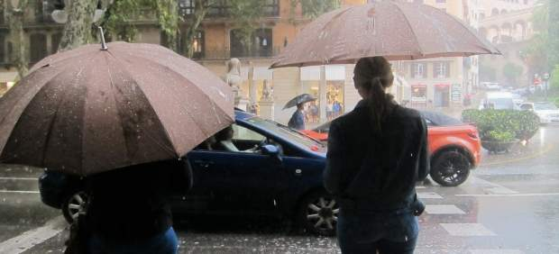 Baleares, en aviso naranja este lunes por lluvias