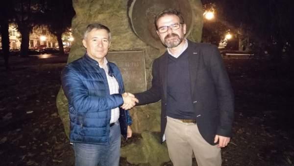 Antonio Golpe y Ángel Mato, del PSOE de Ferrol, escenifican su acuerdo