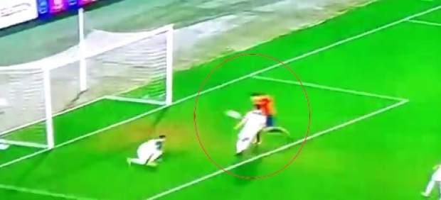 El increíble gol que falló Álvaro Morata a puerta vacía