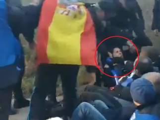 Incidentes en la huelga de funcionarios de prisiones: cortes en los accesos, un detenido y una evacuada por asfixia