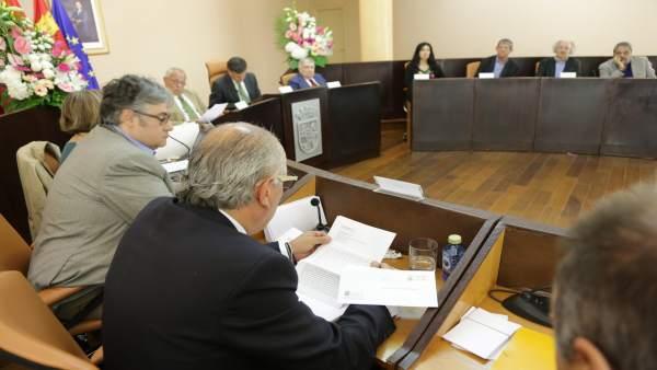 Reunión del jurado Gil de Biedma