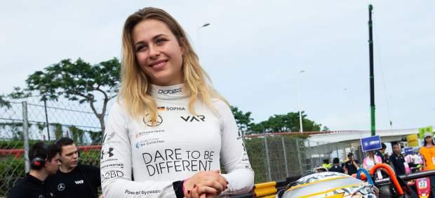 Sophia Flörsch se somete a una operación de más de 7 horas tras su accidente en el GP de Macao