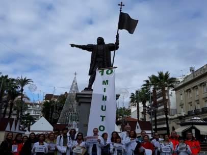 Médicos de familia y pediatras secundan la huelga en Huelva.