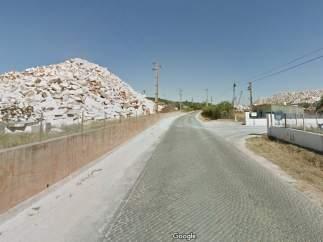 Al menos cuatro personas atrapadas al abrirse un socavón en una carretera del sur de Portugal