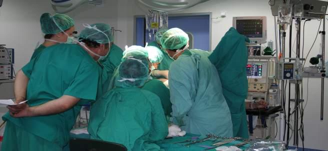 Operació En L'Hospital D'Elda