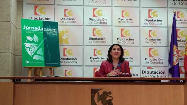 Auxiliadora Pozuelo, en rueda de prensa