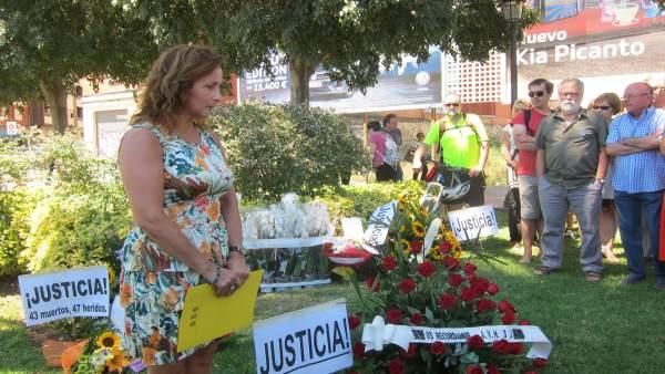 Homenaje de la AVM3J a las víctimas en un aniversario del accidente. Archivo