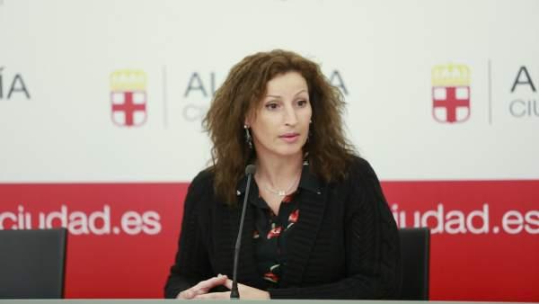 La concejala María Vázquez, en rueda de prensa