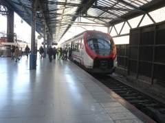 Tren, trenes de Cercanías de Renfe en Madrid.