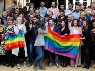 Aprobada la ley valenciana LGTBI