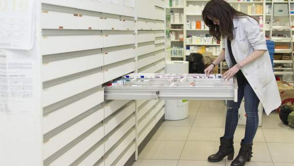 El Consell elimina el copagament farmacèutic a les famílies monoparentals