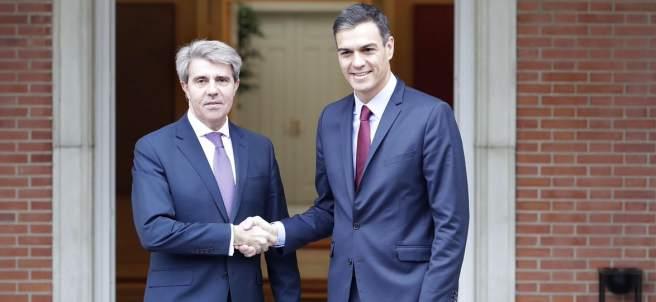 Pedro Sánchez y Ángel Garrido en La Moncloa