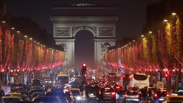Luces navideñas en París