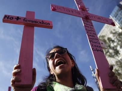 Marcha contra los feminicidios en México