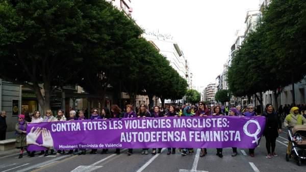 Manifestación contra la violencia machista en València