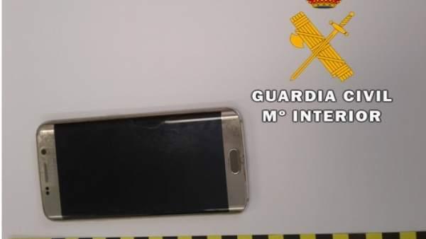 d517b8b63 Dos detenidos por robar con violencia el bolso de una mujer en Arroyo  (Valladolid)