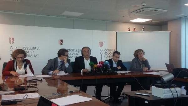Conseller de Educación, Martí March, y rector UIB, Llorenç Huguet